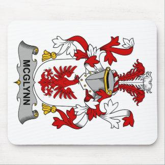 Escudo de la familia de McGlynn Tapetes De Raton