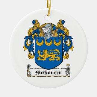 Escudo de la familia de McGovern Ornamentos Para Reyes Magos