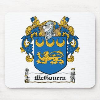 Escudo de la familia de McGovern Tapetes De Ratones