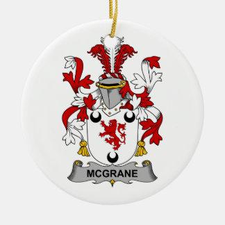 Escudo de la familia de McGrane Ornamentos De Navidad