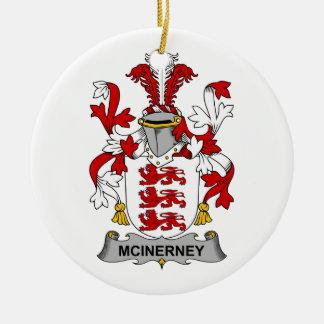 Escudo de la familia de McInerney Ornamento Para Arbol De Navidad