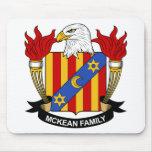 Escudo de la familia de McKean Tapete De Ratón
