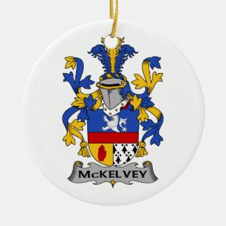 Escudo de la familia de McKelvey Ornamento De Reyes Magos