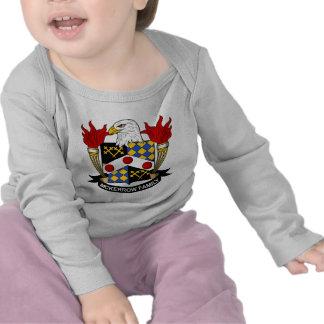 Escudo de la familia de McKerrow Camiseta