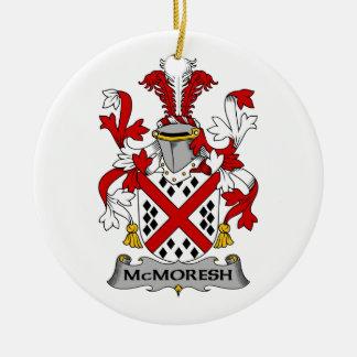 Escudo de la familia de McMoresh Ornamento De Navidad