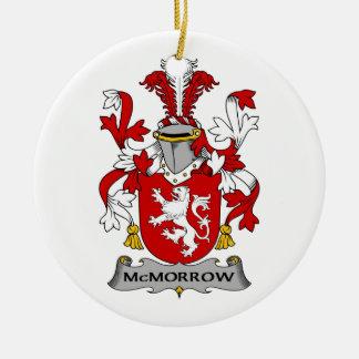 Escudo de la familia de McMorrow Ornamento De Navidad