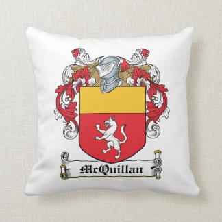Escudo de la familia de McQuillan Almohada