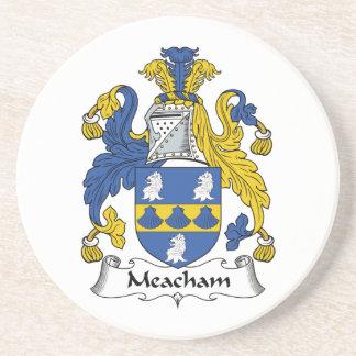 Escudo de la familia de Meacham Posavasos Cerveza