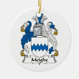 Escudo de la familia de Meighe Adornos