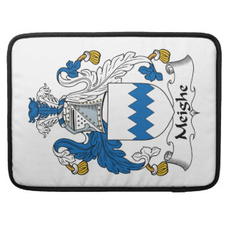 Escudo de la familia de Meighe Funda Macbook Pro