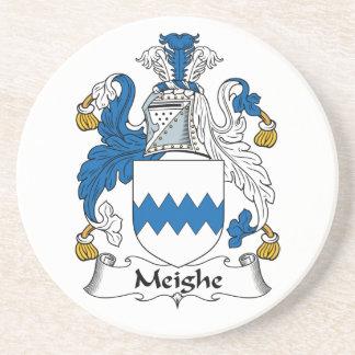Escudo de la familia de Meighe Posavasos Cerveza