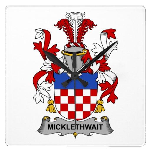 Escudo de la familia de Micklethwait Reloj Cuadrado