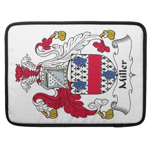 Escudo de la familia de Miller Fundas Para Macbook Pro