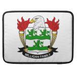 Escudo de la familia de Milligan Funda Para Macbook Pro