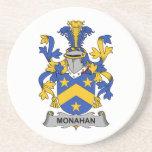 Escudo de la familia de Monahan Posavasos Para Bebidas