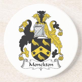 Escudo de la familia de Monckton Posavasos Para Bebidas