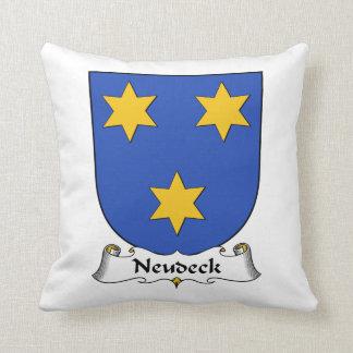 Escudo de la familia de Neudeck Cojines