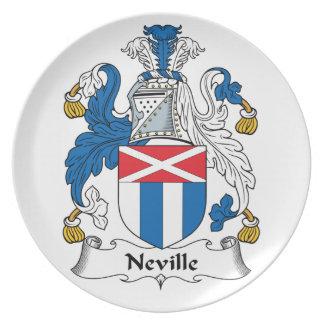 Escudo de la familia de Neville Plato