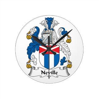 Escudo de la familia de Neville Relojes De Pared