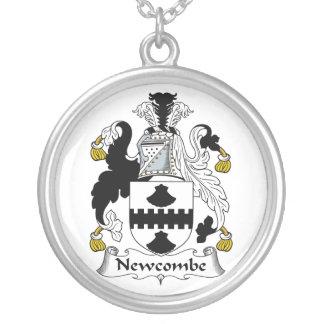 Escudo de la familia de Newcombe Grimpolas Personalizadas