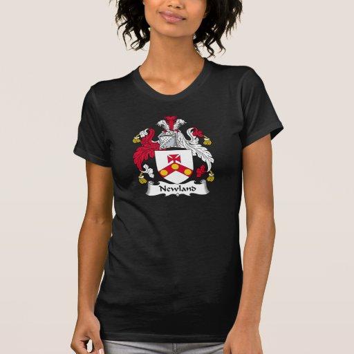 Escudo de la familia de Newland Camisetas