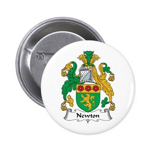 Escudo de la familia de Newton Pin Redondo De 2 Pulgadas