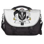 Escudo de la familia de Nicholl Bolsas Para Ordenador
