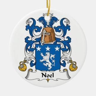 Escudo de la familia de Noel Adorno Redondo De Cerámica
