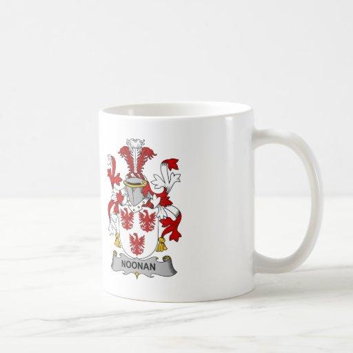 Escudo de la familia de Noonan Tazas De Café