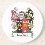 Escudo de la familia de Novikov Posavaso Para Bebida
