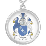 Escudo de la familia de Noyes Pendientes Personalizados