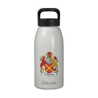 Escudo de la familia de O Keevan Botellas De Beber