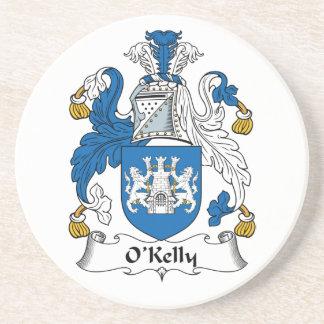 Escudo de la familia de O Kelly Posavaso Para Bebida