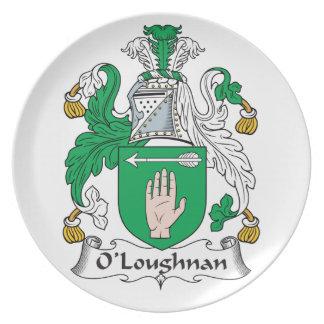 Escudo de la familia de O Loughnan Plato De Comida