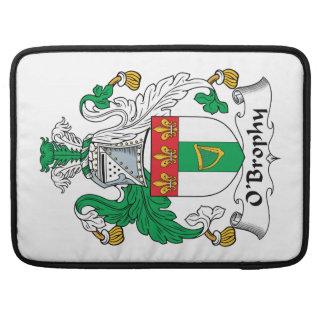 Escudo de la familia de O'Brophy Funda Para Macbook Pro