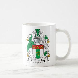 Escudo de la familia de O'Brophy Taza Básica Blanca