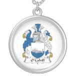 Escudo de la familia de O'Cahill Collar Personalizado