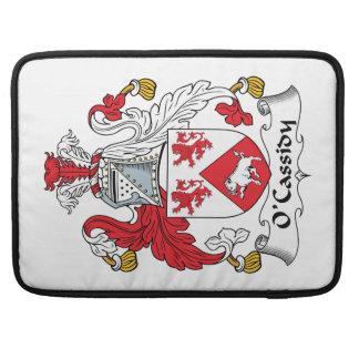 Escudo de la familia de O'Cassidy Fundas Macbook Pro
