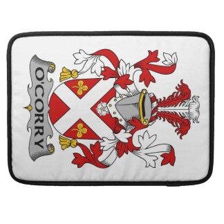 Escudo de la familia de O'Corry Funda Para Macbooks