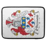 Escudo de la familia de O'Dermond Funda Para Macbook Pro
