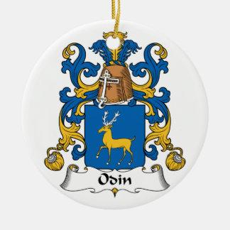 Escudo de la familia de Odin Adorno Navideño Redondo De Cerámica