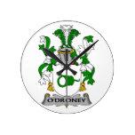 Escudo de la familia de O'Droney Reloj De Pared