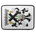 Escudo de la familia de O'Durkin Fundas Para Macbook Pro