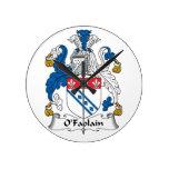 Escudo de la familia de O'Faolain Reloj De Pared