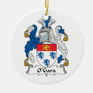 Escudo de la familia de O'Gara Adorno Redondo De Cerámica