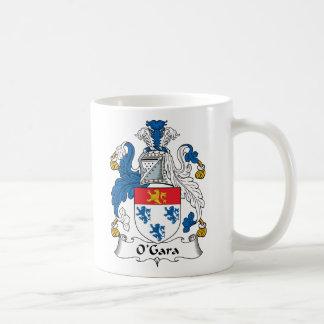 Escudo de la familia de O'Gara Taza Básica Blanca