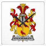 Escudo de la familia de O'Gormley Relojes De Pared