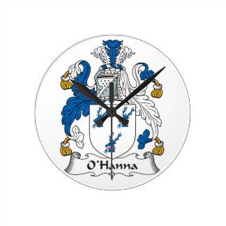 Escudo de la familia de O'Hanna Relojes De Pared