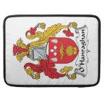 Escudo de la familia de O'Hanraghan Funda Para Macbook Pro