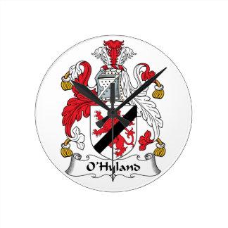 Escudo de la familia de O'Hyland Reloj Redondo Mediano